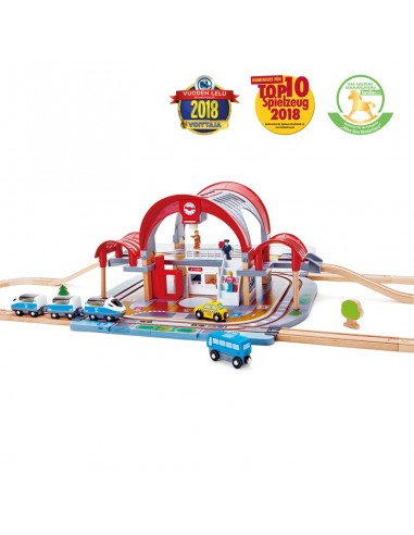 Estación de tren de madera gran ciudad